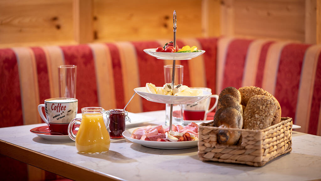 Frühstück im Café Arbesleitner